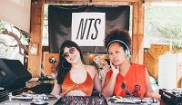 Whits & Giggles - Live From Desert Gold Palm Springs 20.04.17 Radio Episode